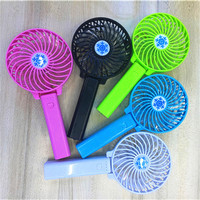 WG-MF06 Hot selling Cool Mini Fan Strong Wind Desk Table USB Portable Electric Rechargeable Fans wit